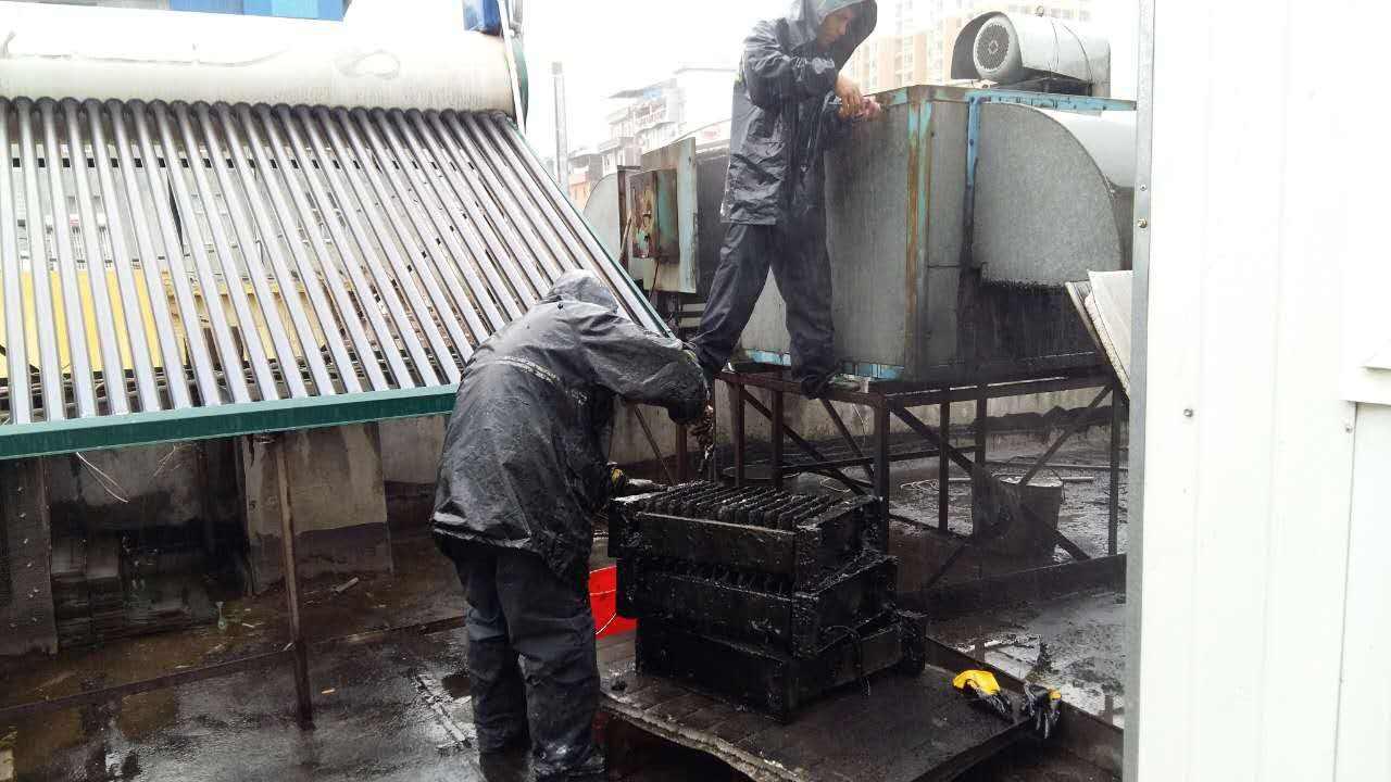 武警总队大型油烟机/空调定期清洗/保养项目