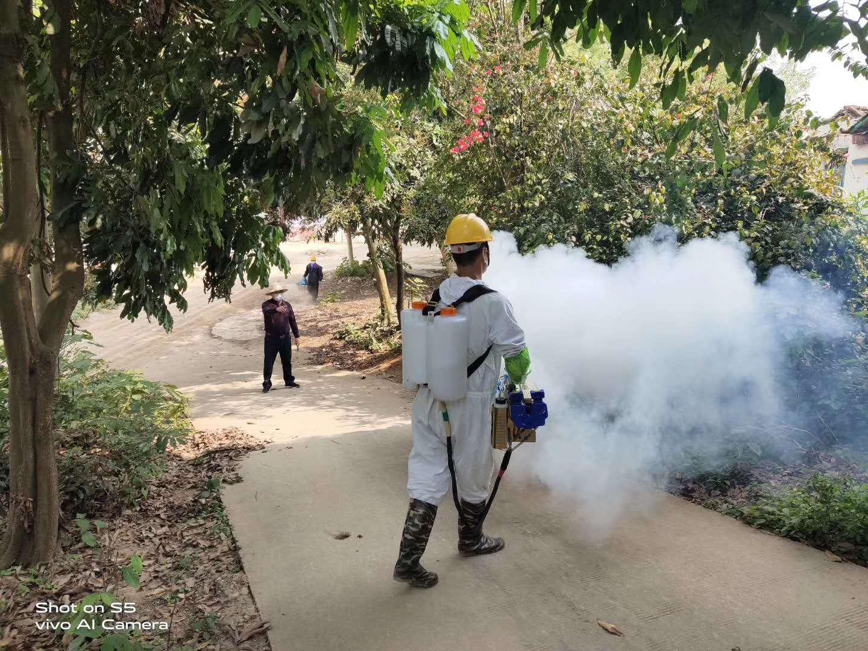 广西全诺清洁万博登陆地址有限公司-深入各社区村组展开除四害、五大清洁保洁活动